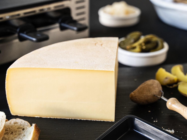 Raclette Käse | In bester Schweizer Qualität | Viertel Raclettekäse