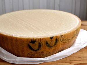 Parmesan Vacche Rosse Pastaschüssel