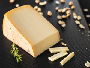Urchrüter Nuss Chäs Schweizer Käse kaufen