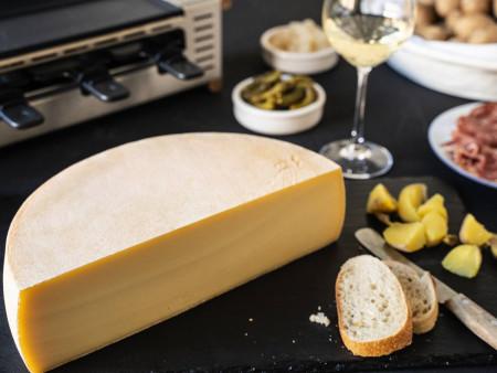 RACLETTE KÄSE - AKTION: Schweizer Raclettekäse 'RACLETTE SWISS' als 1/2 (halber) Käse Laib 2,4 kg