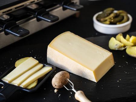 Raclette Swiss 'Natür' | Schweizer Raclettekäse (Runder Laib)