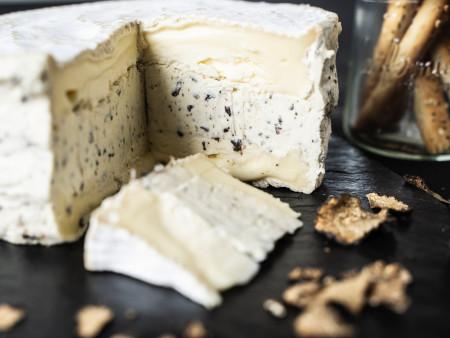 Trüffelbrie | Brie mit Trüffelcreme | Eigene Herstellung