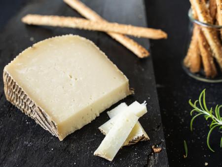 Pecorino Sardo Maturo Extra | Schafskäse | Hartkäse aus Italien