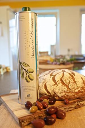 Olivenöl 'Manolakis' von Kreta - 750ml Flasche - Extra Nativ