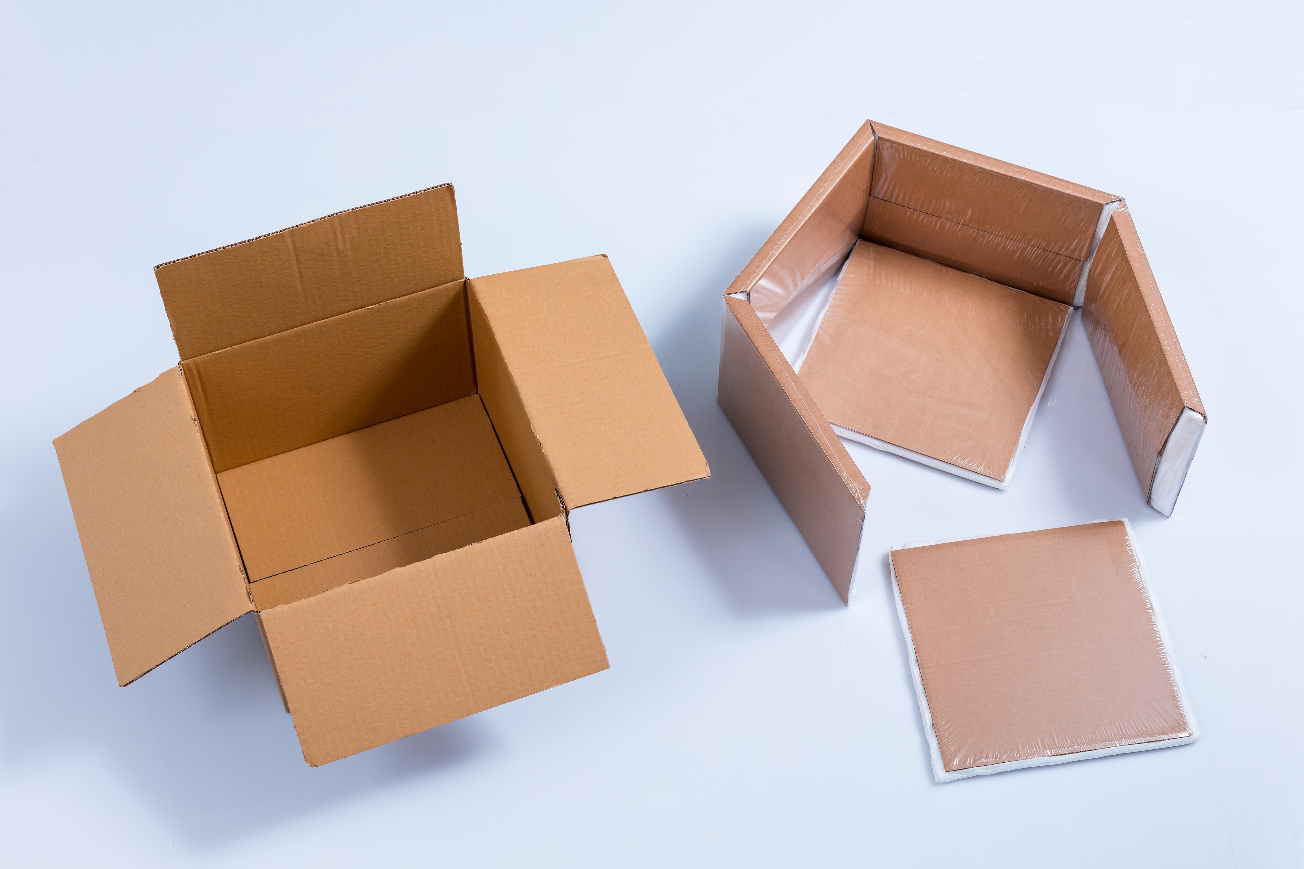 Kühlverpackung für Versand von Käse Schritt 1